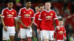 Indosport - Martial (kiri), Rashford (kedua kiri) dan Wayne Rooney (depan kanan).