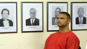 Kiper asal Brasil, Bruno de Souza akan kembali merumput setelah 7 tahun di penjara.