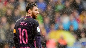 Lionel Messi pada laga saat melawan Deportivo La Coruna.