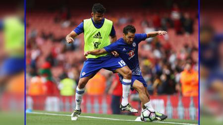 Diego Costa (kiri) dan Cesc Fabregas, dua pemain andalan Chelsea. - INDOSPORT