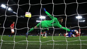 Aksi De Gea kala melawan Chelsea.