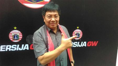 Gede Widiade resmi menjadi pemilik baru Persija Jakarta. - INDOSPORT