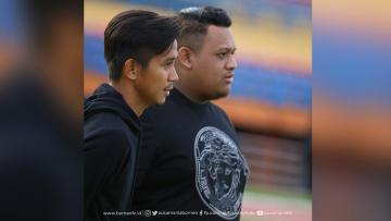Abdul Rahman dan Nabil Husein usai menjalani kontrak dengan PBFC.