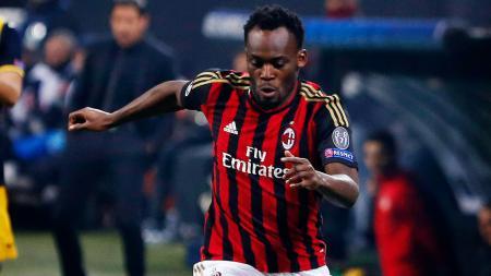 Pemain anyar Persib Bandung, Michael Essien saat berseragam AC Milan. - INDOSPORT