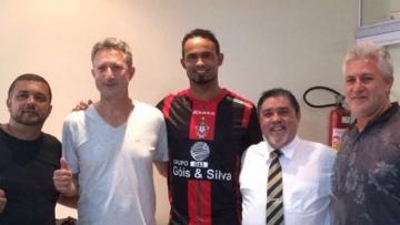 Boa Esporte resmi ikat Bruno dengan kontrak dua tahun.