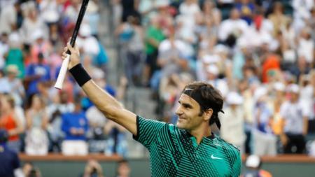 Roger Federer melaju ke perempatfinal Indian Wells usai mengalahkan Rafael Nadal. - INDOSPORT
