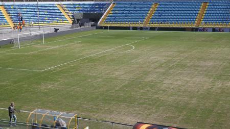 Tampak atas Stadion Olimp 2. - INDOSPORT