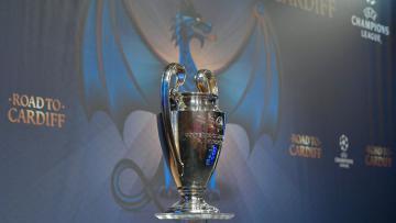 Trofi Liga Champions.