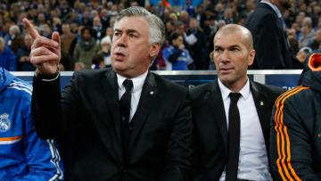 Carlo Ancelotti (kiri) dan Zinedine Zidane (kanan) saat masih bersama di Real Madrid.