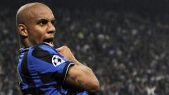 Indosport - Douglas Maicon berhasil mencetak gol cantik 10 tahun yang lalu.