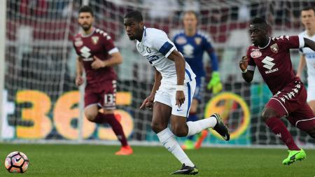Geoffrey Kondogbia sempat membawa Inter Milan unggul atas Torino di babak pertama. - INDOSPORT