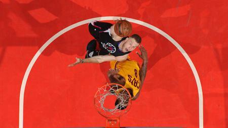 Blake Griffin saat melawan Cavaliers di Staples Center. - INDOSPORT
