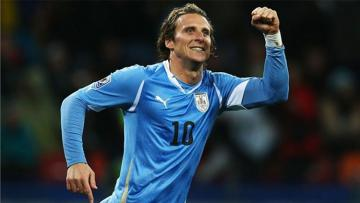 Mantan pemain Manchester United, Diego Forlan.