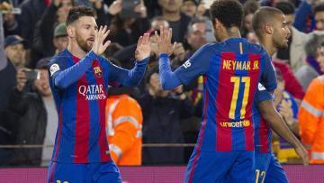 Barcelona berhasil meraih kemenangan 4-2 atas Valencia.