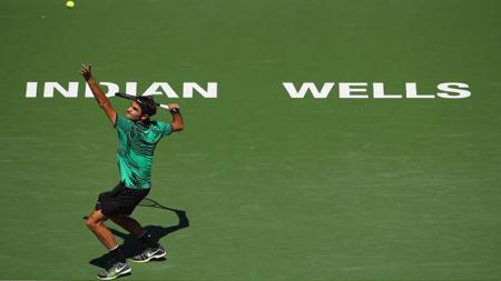 Roger Federer saat beraksi di Indian Wells Masters 2017. - INDOSPORT