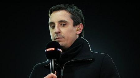 Mantan pemain Manchester United, Gary Neville yang kini bekerja sebagai pundit. - INDOSPORT