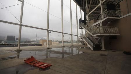 Kondisi terkini Stadion Olimpiade Aquatics. - INDOSPORT