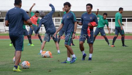 Timnas Indonesia U-22 menggelar latihan di Stadion Pakansari, Cibinong, Kabupaten Bogor, jelang menghadapi Myanmar.