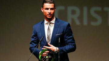 Cristiano Ronaldo saat menjadi pemain Portugal terbaik tahun ini.