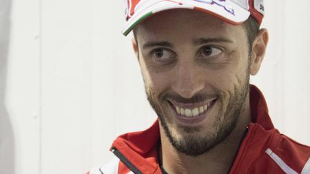 Andrea Dovizioso turut menjajal motocross, tak kalah dari rekannya di MotoGP, Marc Marquez. Mirco Lazzari gp/Getty Images. - INDOSPORT