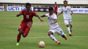 Aksi Febri Hariyadi saat pertandingan melawan Myanmar.