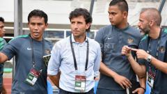 Indosport - Luis Milla bakal mengevaluasi fisik pemain Timnas Indonesia U-22 usai kekalahan dari Myanmar.