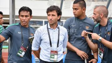 Luis Milla memulai debutnya di Indonesia dengan kekalahan.