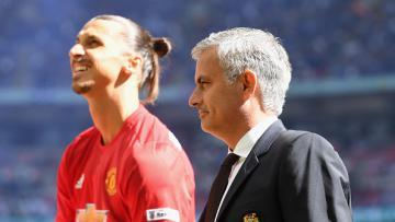 Mourinho (kanan) bersama dengan Ibrahimovic.