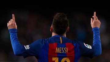 Lionel Messi kala merayakn golnya ke gawang Valencia.