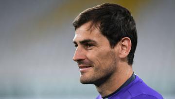 Kiper Porto, Iker Casillas.