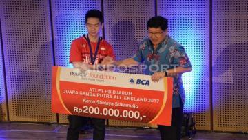 Kevin Sanjaya Sukamuljo mendapatkan bonus sebesar Rp200 juta dari klub asalnya, PB Djarum Kudus.
