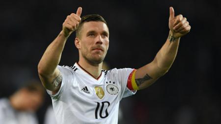 Pesepakbola asal Jerman, Lukas Podolski. - INDOSPORT