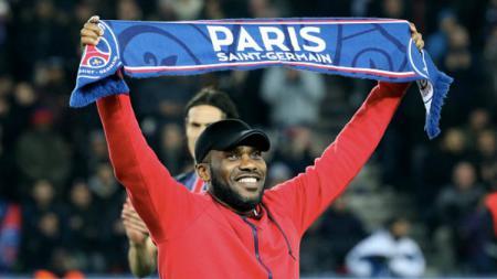 Eks Bintang Paris Saint-Germain, Jay-Jay Okocha. - INDOSPORT