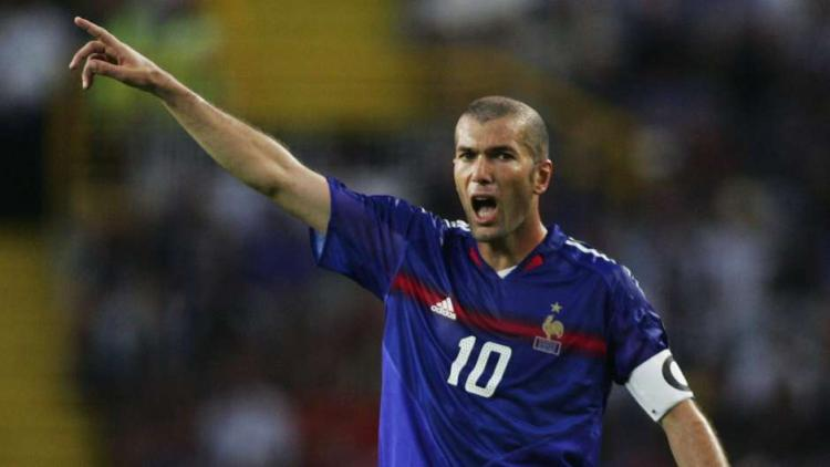 Legenda Timnas Prancis, Zinedine Zidane. Copyright: Pinterest