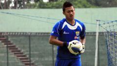 Indosport - Kiper Persib Bandung, Muhammad Natshir.