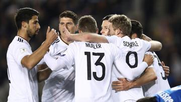 Jerman ungguli Azerbaijan 3-1 di babak pertama.