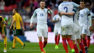 Jamie Vardy merayakan kemenangan 2-0 Timnas Inggris atas Timnas Lithuania.