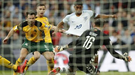 Penyerang Manchester United, Marcus Rashford saat membela Timnas Inggris. - INDOSPORT