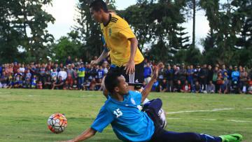 Arema FC vs Kepri Jaya FC