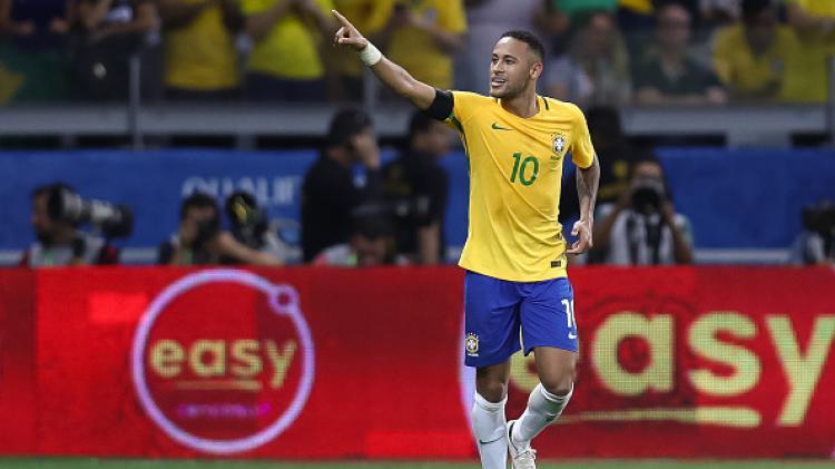 Neymar saat Brasil berhadapan dengan Uruguay. Copyright: Buda Mendes/Getty Images