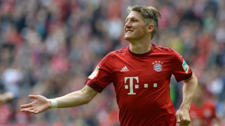 Mantan pemain Timnas Jerman, Basitan Schweinsteiger nyaris berseragam Newcastle United. - INDOSPORT