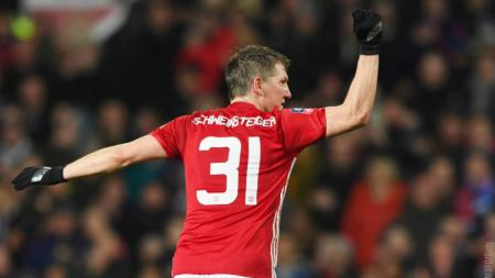 Bastian Schweinsteiger kala masih berseragam Manchester United. - INDOSPORT