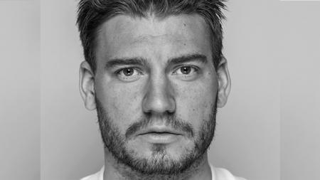 Nicklas Bendtner kini bermain untuk klub asal Norwegia, Rosenborg. - INDOSPORT