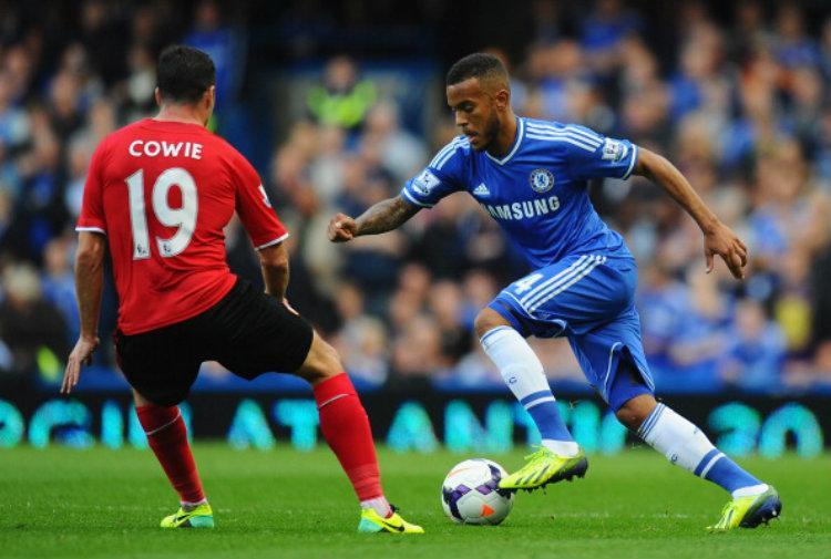 Ryan Bertrand kala masih berseragam Chelsea. Copyright: Mike Hewitt/Getty Images
