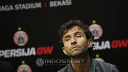 Luis Milla pelatih Timnas U-22 dan beberapa pelatih tim Indonesia memiliki anak-anak yang kece-kece. - INDOSPORT