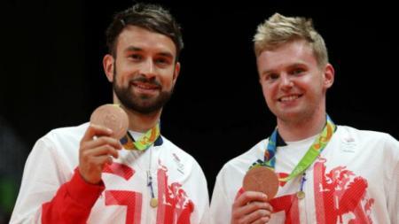 Marcus Ellis/Chris Langridge meraih perunggu Olimpiade Rio 2016. - INDOSPORT