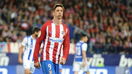 Fernando Torres gagal memanfaatkan peluang emas untuk mencetak gol pada saat melawan Real Sociedad. - INDOSPORT