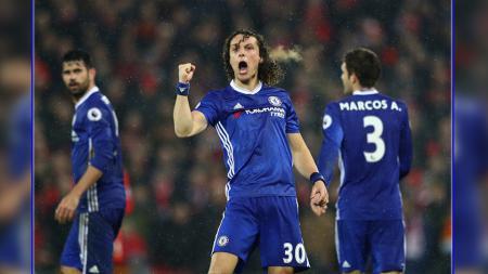 Bek tengah Barcelona, David Luiz. - INDOSPORT