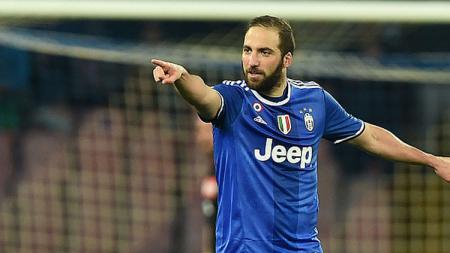 Gonzalo Higuain sukses antarkan Juventus ke final Coppa Italia dengan dua golnya ke gawang Napoli. - INDOSPORT