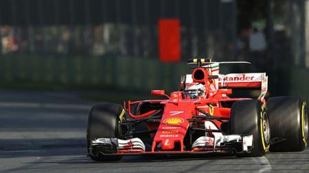 Kimi Raikkonen saat dalam lintasan balap. - INDOSPORT
